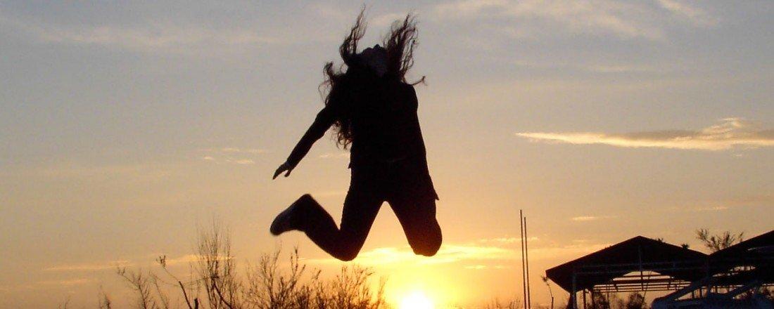 happy-jump-1400599 enjoyment